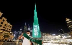 الصورة: الصورة: معالم الإمارات تحتفي باليوم الوطني السعودي