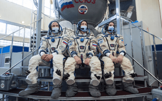 الصورة: الصورة: لماذا امتنع رواد الفضاء الروس عن تلقي اللقاح الروسي ضد كورونا؟