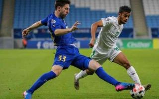 الصورة: الصورة: اعتذار من لاعبي الأهلي السعودي للجماهير