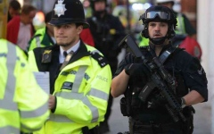 الصورة: الصورة: مقتل ضابط شرطة بريطاني بالرصاص في مركز احتجاز جنوب لندن
