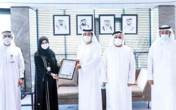 الصورة: الصورة: «طرق دبي» تنال شهادة عالمية بفاعلية إجراءات «كوفيد 19»