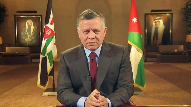 صورة عبدالله الثاني يحل مجلس النواب الأردني – عالم واحد – العرب