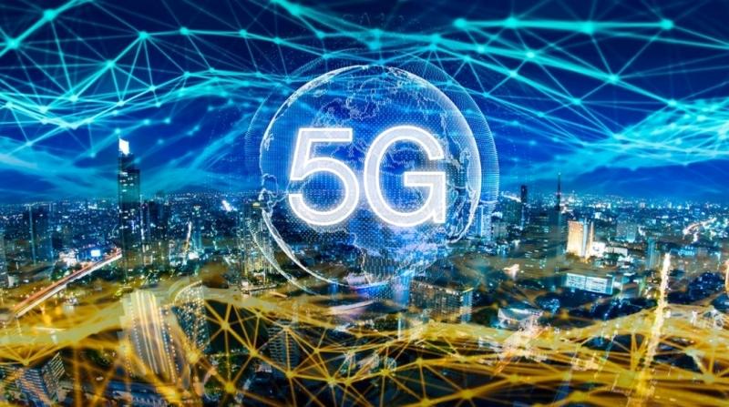 الصورة : خدمات متنوعة وسريعة توفرها تقنيات الجيل الخامس | البيان