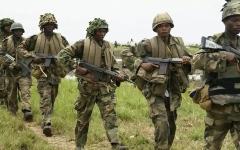 الصورة: الصورة: هجوم على قاعدة عسكرية يقتل 14 جندياً في نيجيريا