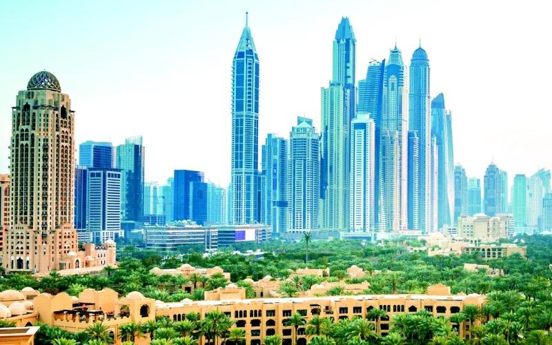 الصورة: الصورة: الإمارات تحتفظ بصدارتها في سوق العمل