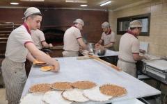 الصورة: الصورة: حملة على الإنترنت تنقذ مخبز منقوشة لبناني من الإغلاق