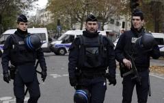 الصورة: الصورة: الشرطة الفرنسية تخلي محطة قطارات في ليون بعد إنذار بوجود قنبلة
