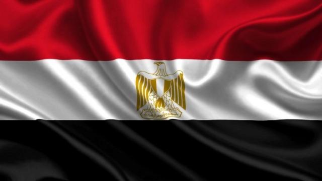 صورة مصر تحطم رقماً قياسياً جديداً بأطول علم تحت الماء – عالم واحد – العرب