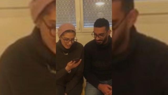 صورة العاهل الأردني والملكة رانيا يطمئنان على مصابين أردنيين تعرضا لاعتداء في فرنسا – عالم واحد – العرب
