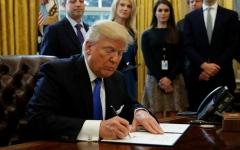 الصورة: الصورة: قرار جديد من ترامب بشأن اللاجئين المسموح لهم بدخول أمريكا