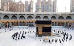 الصورة: الصورة: السعودية تستقبل المعتمرين من الخارج اعتبارا من الأحد المقبل