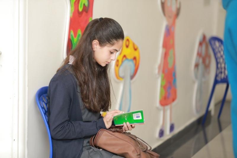 الصورة : فائدة كبيرة للشباب العرب من تحدي القراءة | البيان