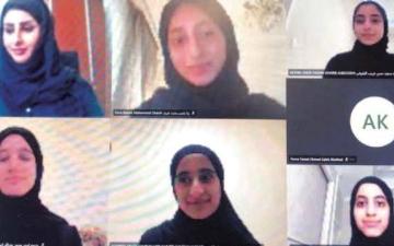 الصورة: الصورة: طلبة المدرسة الإماراتية يواصلون تقديم أفكارهم عبر مبادرة 5050 x
