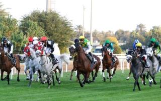 الصورة: الصورة: 535 ألف درهم جوائز أول سباقات مضمار أبوظبي اليوم