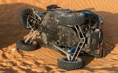 الصورة: الصورة: رغم مناشدات شرطة أبوظبي المستمرة.. وفاتان وإصابتان بتدهور دراجتين ناريتين بالبر
