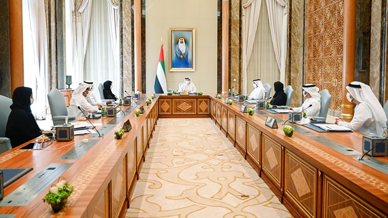 الصورة : منصور بن زايد مترئساً اجتماع مجلس إدارة الصندوق | وام