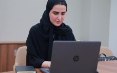 الصورة: الصورة: دليل لاستعداد المدرسة الإماراتية لامتحانات الفصل الدراسي الأول