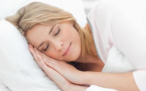 الصورة: الصورة: قواعد النوم الصحي الجيد