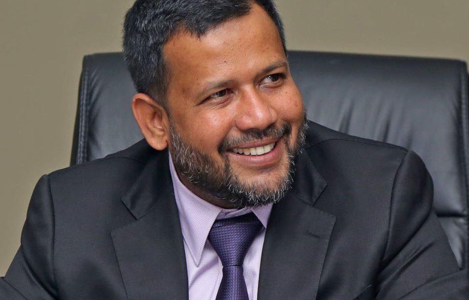 الصورة : الوزير السابق رشاد بديع الدين