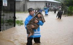 الصورة: الصورة: إعصار إيوتا المدمّر يضرب أمريكا الوسطى