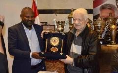 الصورة: الصورة: مرتضى منصور يبارك سوبر وادي النيل بين الزمالك والهلال