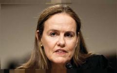"""الصورة: الصورة: """"المرأة المخضرمة"""" فلورنوي مرشحة لوزارة الدفاع الأمريكية.. من هي؟"""