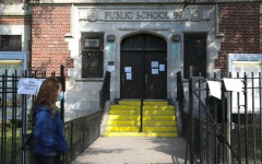 الصورة: الصورة: نيويورك تعيد إغلاق المدارس بدءاً من اليوم