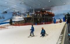 الصورة: الصورة: «سكي دبي» أفضل منتجع تزلج داخلي في العالم
