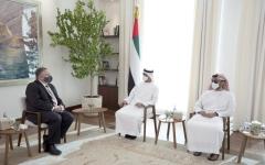الصورة: الصورة: محمد بن زايد ووزير الخارجية الأمريكي يبحثان التعاون