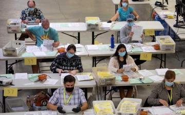 الصورة: الصورة: لماذا طالب  فريق ترامب بإعادة فرز الأصوات في جورجيا مجدداً؟