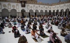 الصورة: الصورة: مصر تكشف حقيقة قرار إغلاق المساجد بسبب كورونا