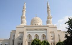 الصورة: الصورة: رفع تعليق صلاة الجمعة عن أكثر من 766 مسجدا في دبي