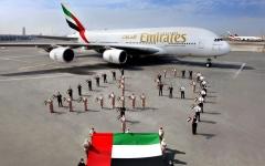 الصورة: الصورة: طيران الإمارات تحتفل باليوم الوطني في القارات الست