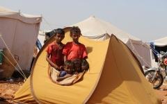 الصورة: الصورة: التصعيد الحوثي يشرّد 186 ألف يمني