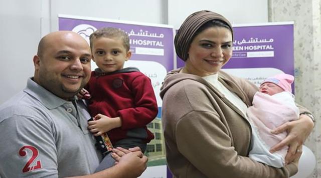 صورة جنات.. أول مولود في يوم الإمارات الوطني الـ 49 – عبر الإمارات – أخبار وتقارير