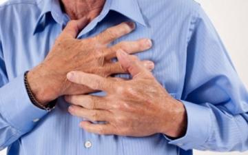 الصورة: الصورة: علامات تدل على قرب حدوث نوبة قلبية