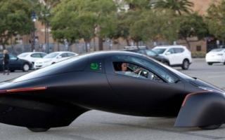الصورة: الصورة: سيارة الأحلام أصبحت حقيقة .. لاتحتاج لوقود وبمواصفات خارقة