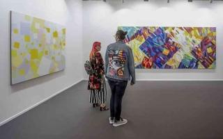 الصورة: الصورة: آرت دبي 2021   أول فعالية فنية عالمية «حضورية»