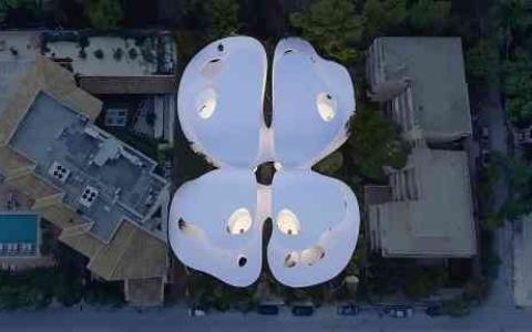 الصورة: الصورة: مقترح مبنى على شكل فراشة باليونان