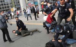 """الصورة: الصورة: برلمان تركيا يناقش مشروع قانون لـ""""تكبيل"""" الهيئات المدنية"""