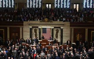 """الصورة: الصورة: الكونغرس يتجاوز """"فيتو"""" ترامب ويقر قانون موازنة الدفاع بـ 740 مليار دولار"""