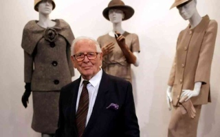 الصورة: الصورة: وفاة مصمم الأزياء الفرنسي الشهير بيير كاردان عن 98 عاماً
