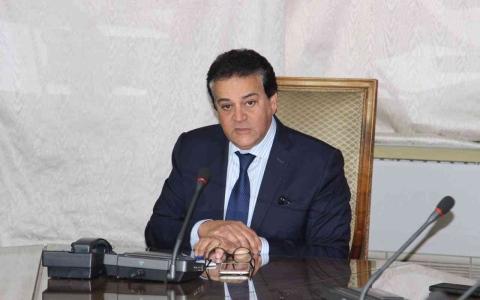 الصورة: الصورة: فصل طالب بسبب مداخلة تلفزيونية يثير جدلاً في مصر