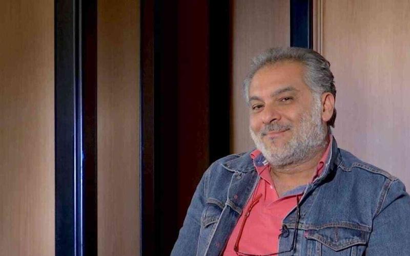 الصورة: الصورة: تفاصيل جديدة حول وفاة حاتم علي ومكان دفن جثمانه