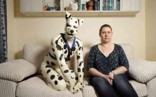الصورة: الصورة: ما سر ظاهرة الكلاب البشرية في أوروبا؟