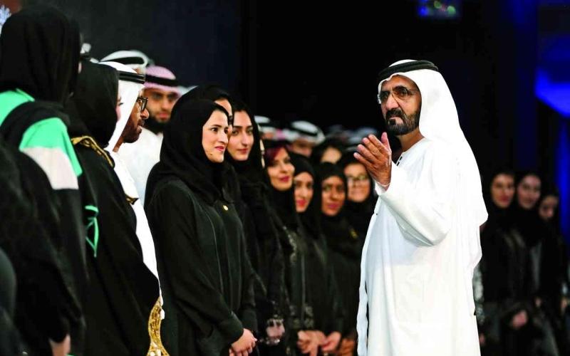 الصورة: الصورة: محمد بن راشد:  الإمارات لديها من النساء الواحدة منهن بألف رجل