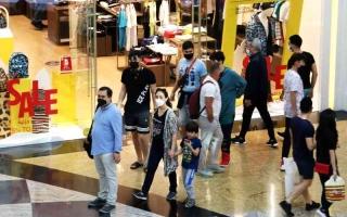 الصورة: الصورة: «دبي للتسوق» يستقبل العام الجديد بنشاط ملحوظ