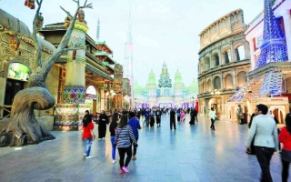 """الصورة: الصورة: الإمارات .. القطاع السياحي يعلن التعافي وفنادق تؤكد """"نفاد"""" المعروض"""
