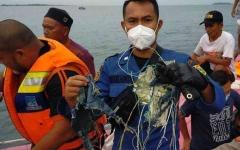 الصورة: الصورة: العثور على حطام شمالي جاكرتا يُعتقد أنه لطائرة سريويجايا إير المفقودة