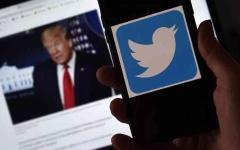 الصورة: الصورة: معركة تويتر وترامب تتواصل.. المنصة تحجب الحسابات المرتبطة بالرئيس